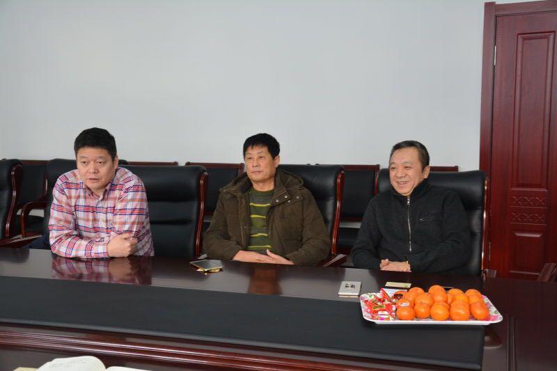 黑龙江省特产协会会长徐飞丰 到兰河乡红卫村对接挂职